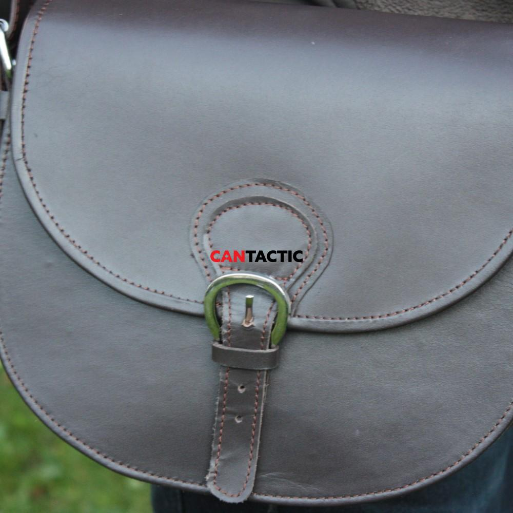 Upland hunting handmade single compartment leather bag.